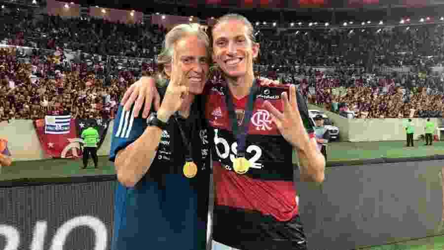 Jorge Jesus e Filipe Luís, depois do título do Flamengo na Recopa - Alexandre Vidal/Flamengo