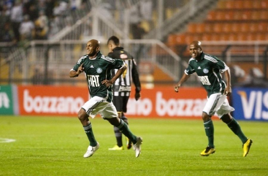 Ewerthon atuou com a camisa do Palmeiras em 2010