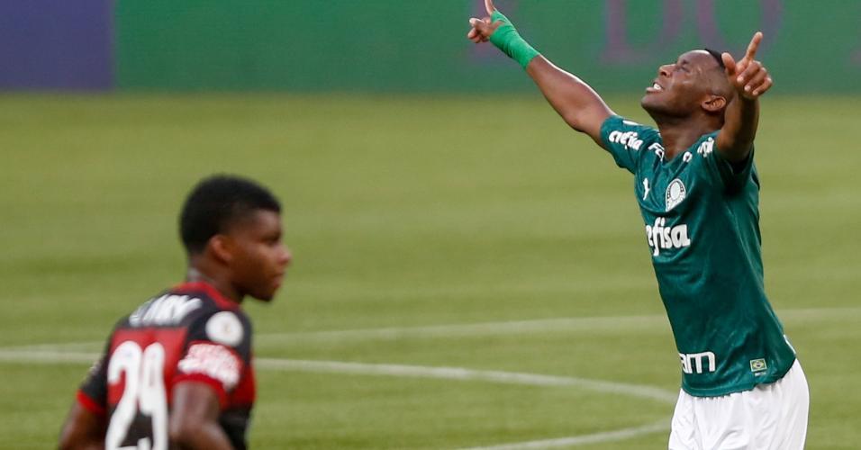 Patrick de Paula comemora gol marcado contra o Flamengo