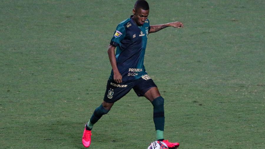 Ademir, atacante do América-MG, está próximo de ser anunciado pelo Palmeiras - Fernando Moreno/AGIF