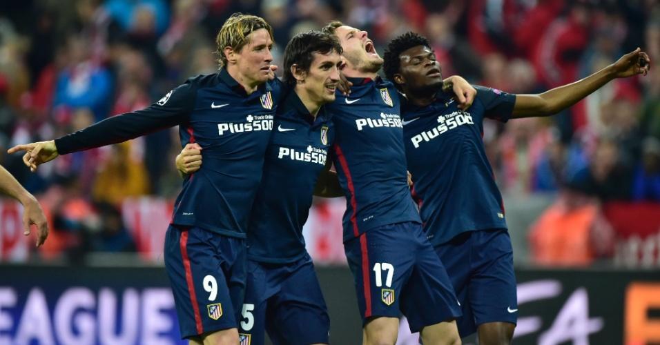 Jogadores do Atlético de Madri comemoram classificação à final da Liga dos Campeões contra o Bayern