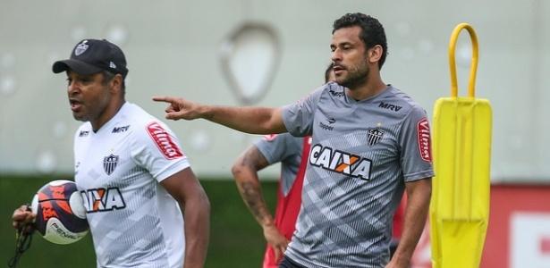 Atacante Fred e técnico Roger no treinamento do Atlético-MG na Cidade do Galo