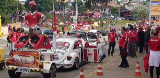 Torcedores do Inter tomam as ruas de Caxias do Sul para final do Campeonato Gaúcho