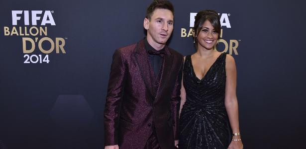 Lionel Messi com Antonella Roccuzzo. Os dois têm casamento marcado