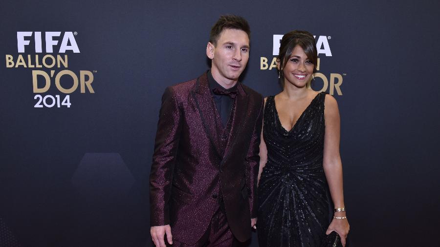 No improviso, times teriam Antonella Roccuzzo (foto) e Shakira como treinadoras; Lavezzi atuaria no gol - Michael Buholzer/AFP