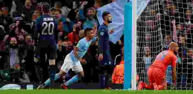Gabriel Jesus comemora gol contra o Napoli; passe foi de De Bruyne - Reuters/Jason Cairnduff
