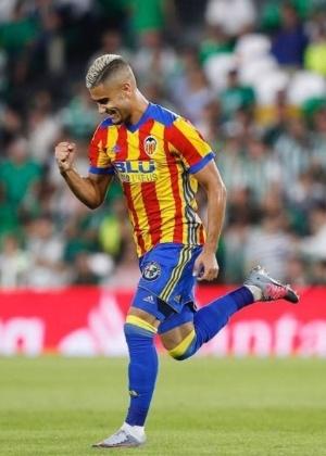 Andreas Pereira atua no Valencia por empréstimo; retorno a Old Trafford ainda é incerto