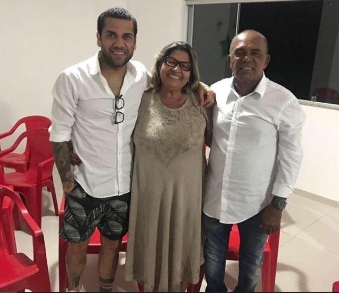 O Natal de Dani Alves foi com a família reunida