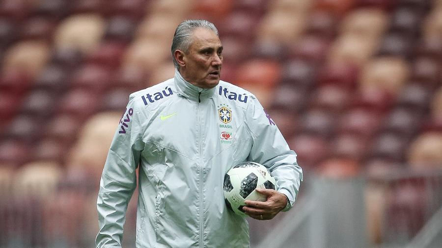Tite comanda treino do Brasil - Pedro Martins / MoWA Press