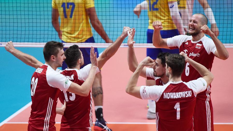 Polônia comemora ponto em jogo contra o Brasil - Massimo Pinca/Reuters
