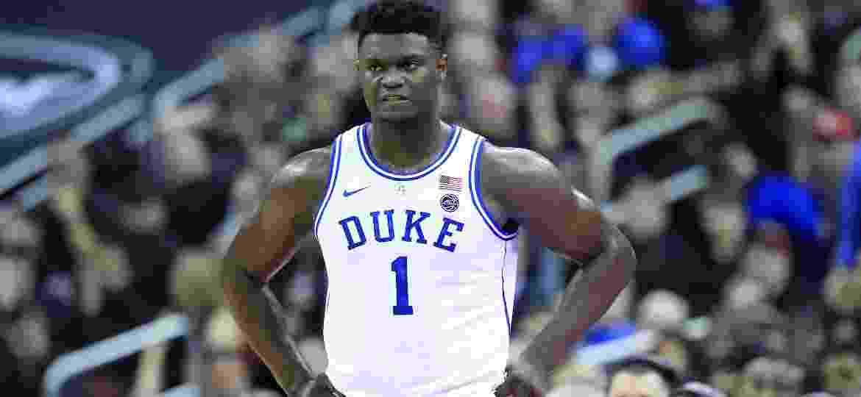 Zion Williamson é uma das principais promessas do basquete universitário e provável nº 1 no draft da NBA em 2019 - Andy Lyons/Getty Images/AFP