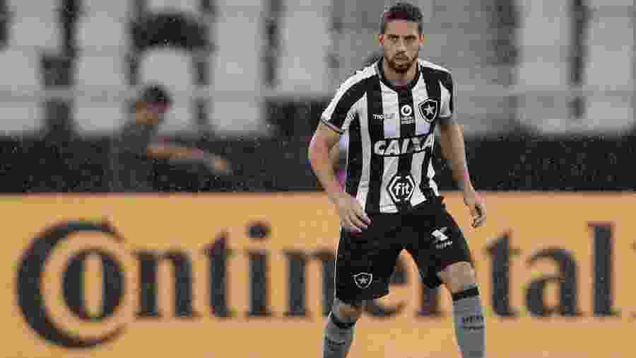 Gabriel defendeu o Botafogo por empréstimo em 2019 - VITOR SILVA/SSPRESS/BOTAFOGO