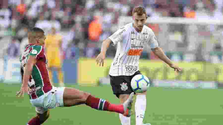 Carlos Augusto oscila bastante no Corinthians, mas desperta interesse antigo do futebol europeu - Amanda Perobelli/Reuters