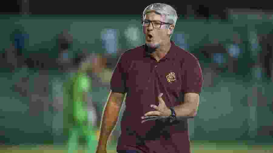 Bom mandante no Inter, Odair quer repetir a dose no Fluminense - Lucas Mercon/Fluminense FC