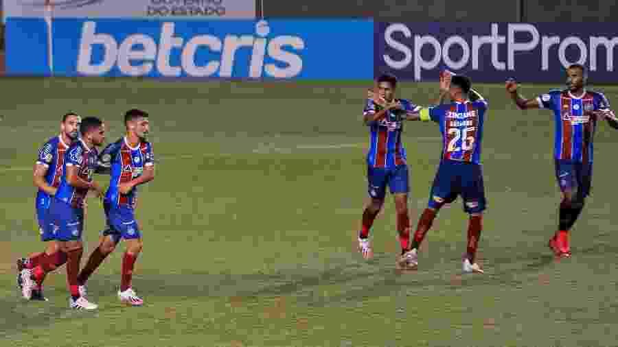 Jogadores do Bahia comemoram gol contra o Atlético-MG - Jhony Pinho/AGIF