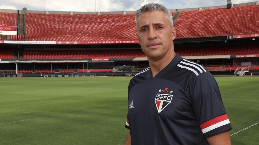 Hernán Crespo, novo técnico do São Paulo, conversou com membros da diretoria na tarde de ontem (16) - Divulgação/SPFC