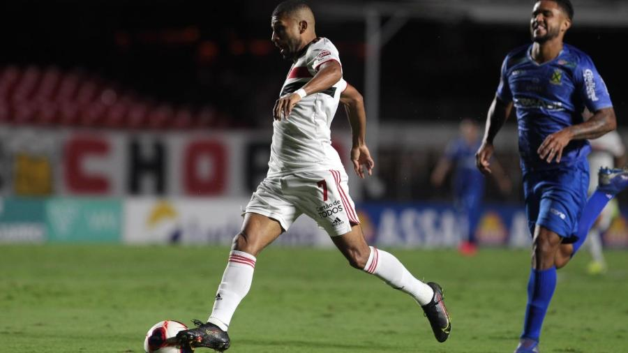 Atacante Rojas, do São Paulo, durante a partida contra o Santo André, pelo Paulistão - Rubens Chiri / saopaulofc.net
