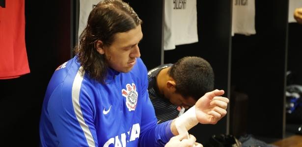 Cássio vive semanas agitadas desde o início do Brasileirão