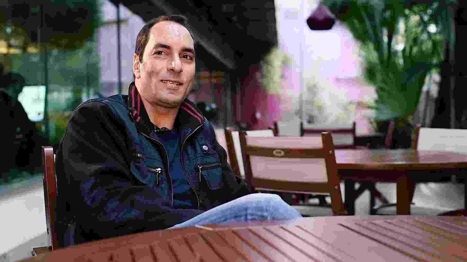 Edmundo ri em entrevista exclusiva ao UOL - Marcelo Ferraz/UOL