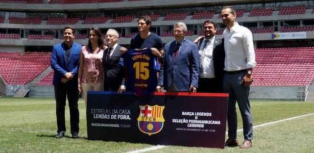 Com Edmilson, Barcelona anuncia jogo de veteranos na Arena Pernambuco