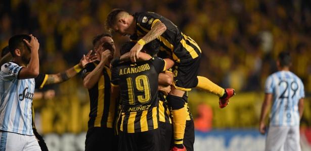 Peñarol venceu bem o Tucumán e recuperou-se da derrota na estreia na Libertadores
