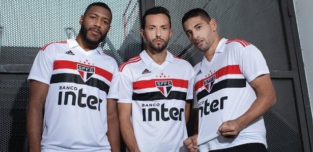 0f3970bdfaf01 São Paulo e Adidas lançam uniforme, que lembra camisa do Mundial de ...
