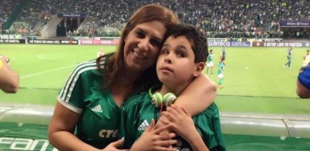 Silvia Grecco e o filho Nickollas rodaram o mundo pelo exemplo de amor