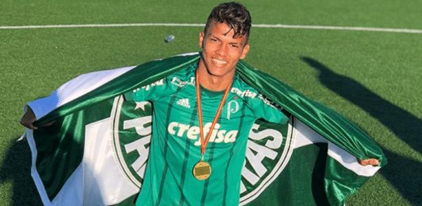 Real Madrid pretende contratar atacante do Palmeiras