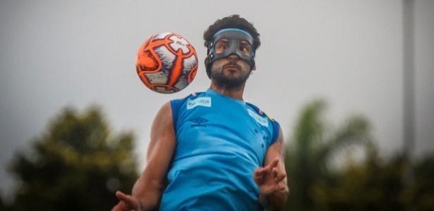 Fred em ação durante treino do Cruzeiro; atacante inicia 2019 mais confiante - Vinnicius Silva/Cruzeiro