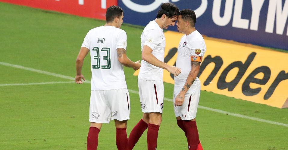 Matheus Ferraz comemora gol do Fluminense contra o Grêmio
