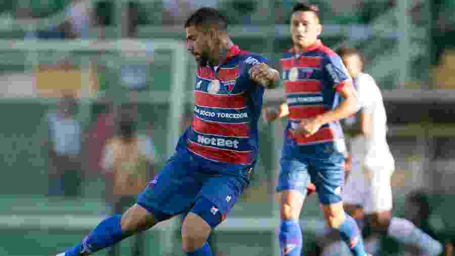 Fortaleza venceu o jogo do primeiro turno, na Arena Condá, por 3 a 1 - Matheus Sebenello/AGIF
