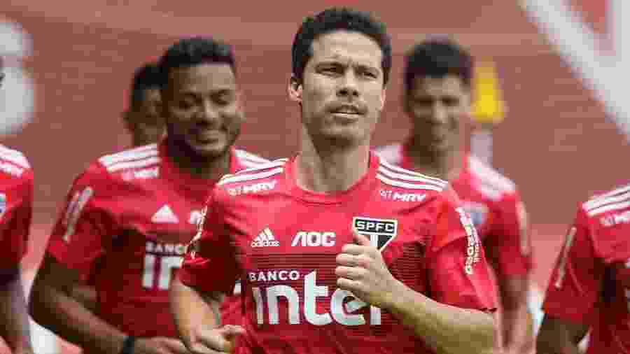 Hernanes, meia do São Paulo, se preparou nas férias para tentar retomar bom futebol nesta temporada - Rubens Chiri/saopaulofc.net