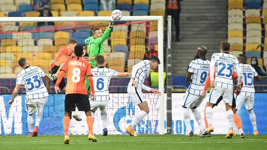 Shakhtar e Internazionale ficaram no empate em Kiev - SERGEI SUPINSKY/AFP