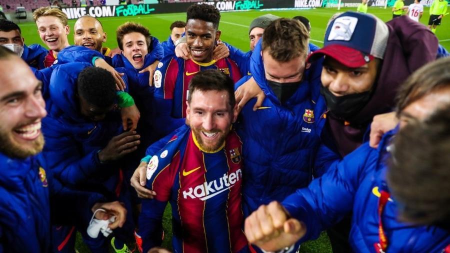 Messi comemora vitória do Barcelona sobre o Sevilla pela Copa do Rei - Reprodução