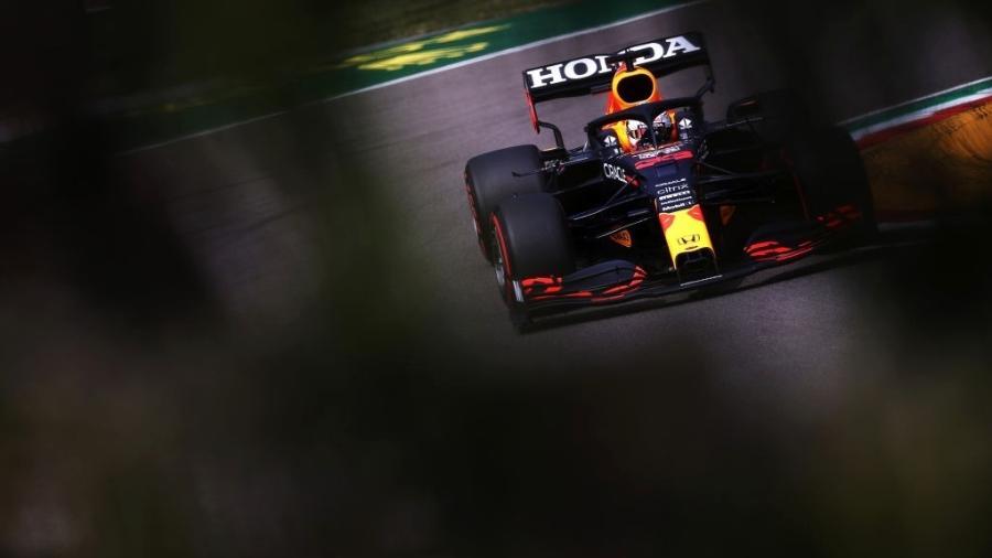 A Red Bull do líder Max Verstappen seria o carro mais prejudicado pelos novos testes de flexibilidade - Getty Images