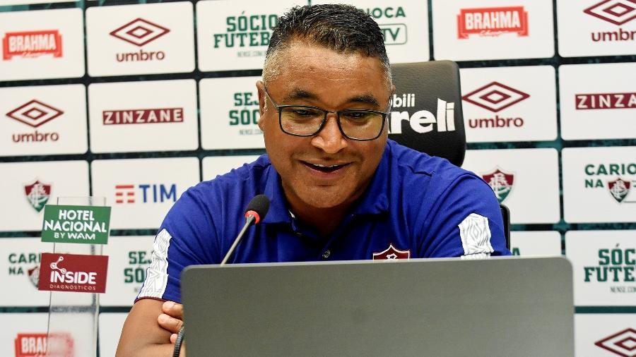Roger Machado durante a entrevista coletiva após a vitória sobre o Botafogo - Mailson Santana/Fluminense FC