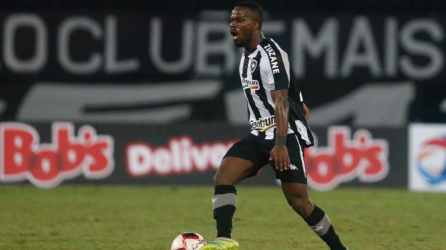 Kayque, volante do Botafogo - Vitor Silva/Botafogo