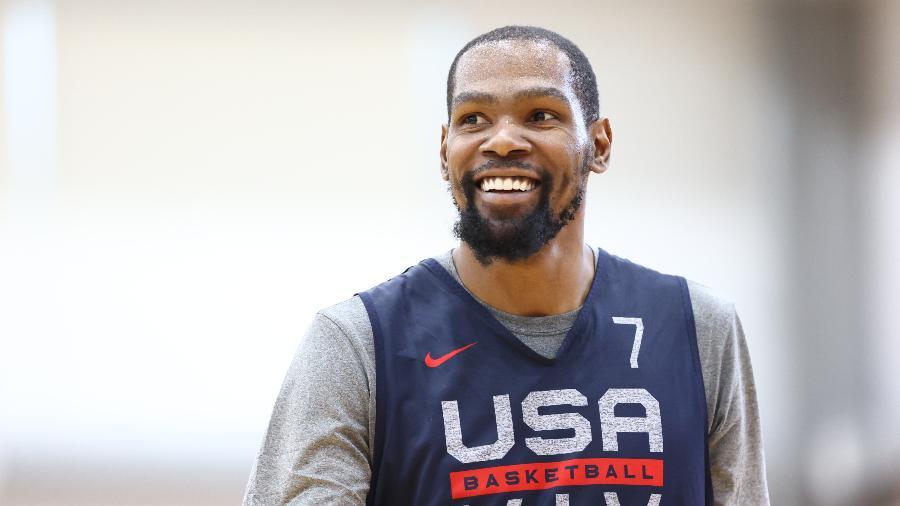 Kevin Durant, durante treino da seleção dos EUA de basquete - Ned Dishman/NBAE via Getty Images