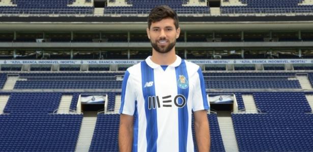Felipe deixou titularidade do Corinthians para brigar por vaga no Porto