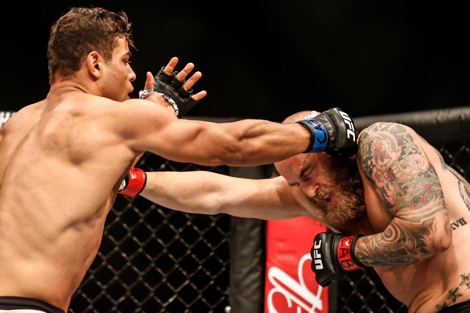 Borrachinha enfrenta McLellan pelo UFC