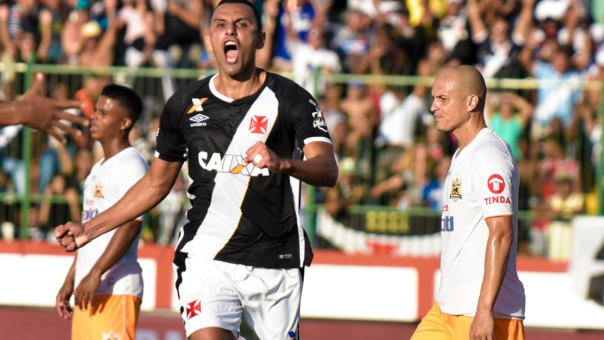Rafael Marques comemora gol do Vasco contra o Nova Iguaçu