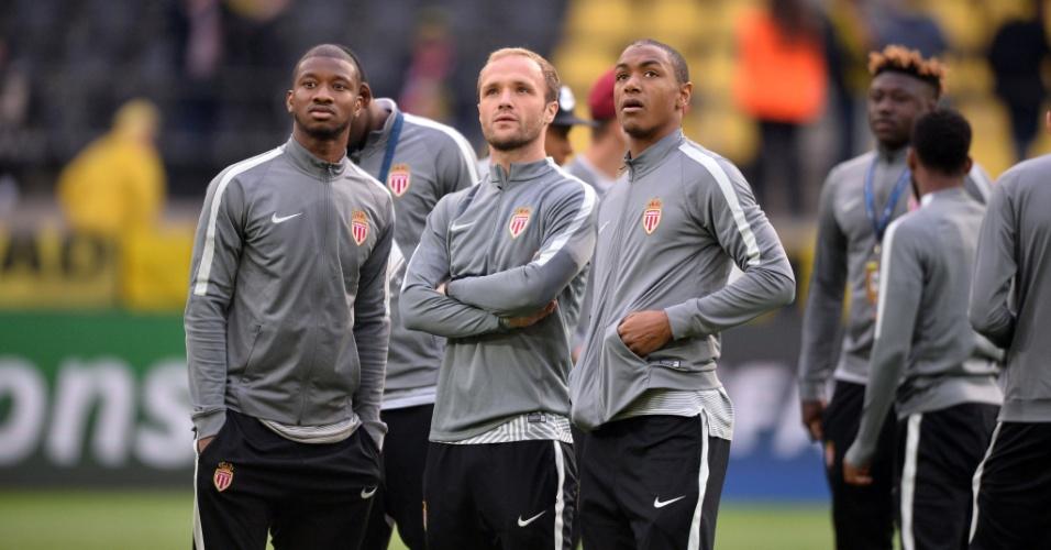 Jogadores do Monaco dentro do estádio do Borussia Dortmund