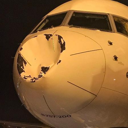 Estrago em avião do Thunder  - Reprodução/Twitter