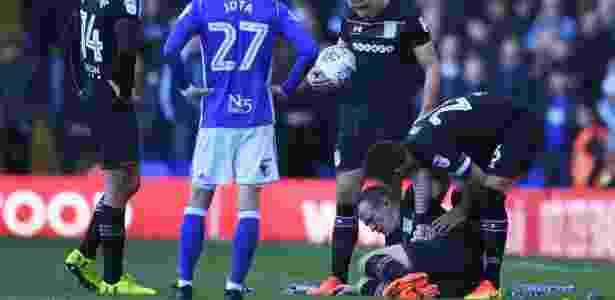 Glenn Whelan, do Aston Villa, sangrando - Gareth Copley/Getty Images - Gareth Copley/Getty Images