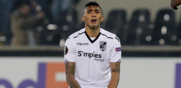 Vitoria de Guimarães, que atua na Liga Europa, pode ser adquirido pelo Banco BMG - REUTERS/Miguel Vidal