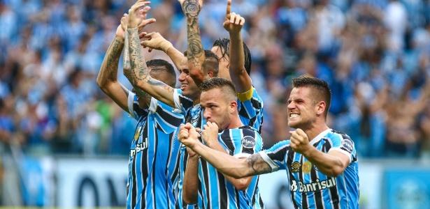 Grêmio venceu dois clássicos de 2018 e está muito perto de eliminar o Inter no Gauchão