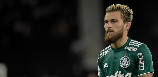 Lucas Lima deve ser mantido entre os titulares contra o Internacional - Thiago Ribeiro/AGIF