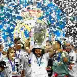 Marcelo levanta taça da Liga dos Campeões -  REUTERS/Kai Pfaffenbach