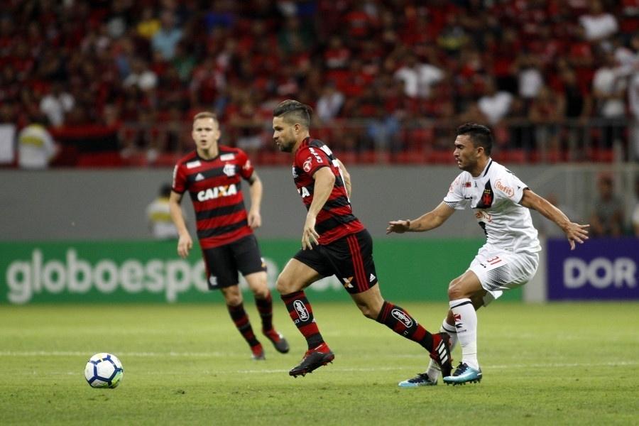 Diego, durante clássico entre Flamengo e Vasco