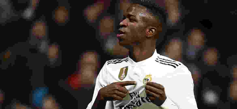 Vinicius Junior comemora gol Real Madrid Alavés - GABRIEL BOUYS/AFP